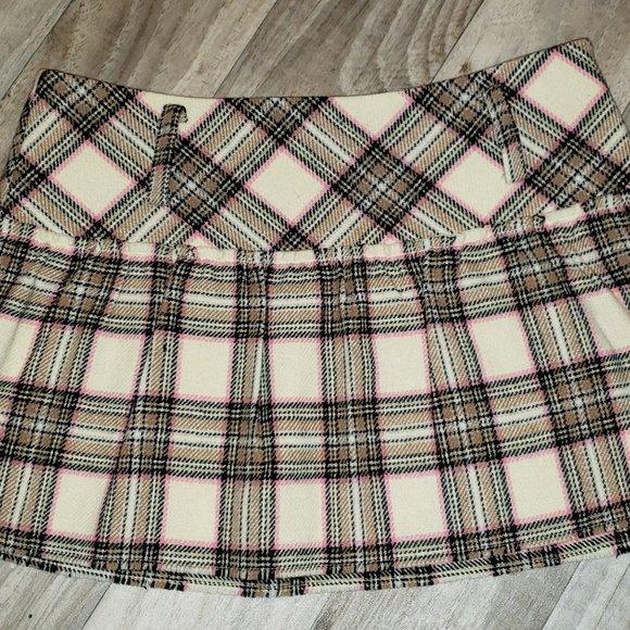 AE White/Brown Pleated Plaid/Tartan Skirt/Kilt
